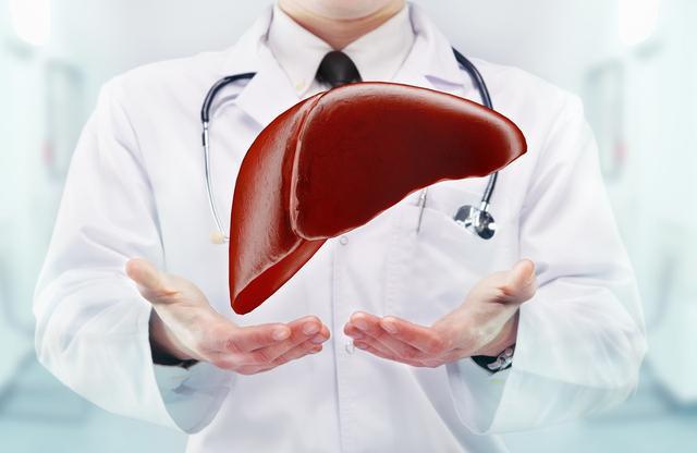 守护健康:肝癌前期不痛不痒,检查出已是晚期,从这3个地方分辨肝脏的好坏