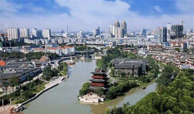 中国唯一没有山的城市, 面积全省最大, GDP有望突破万亿元大关